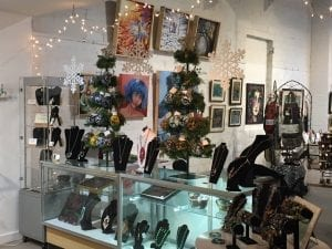 Pic of paintings, jewelry, ornaments